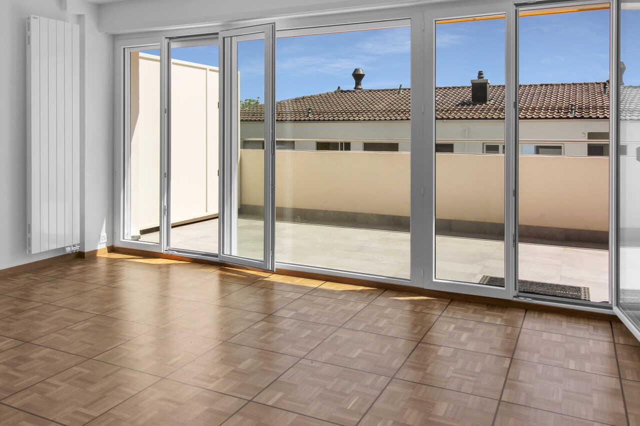 À vendre: bel appartement avec terrasse à Pully